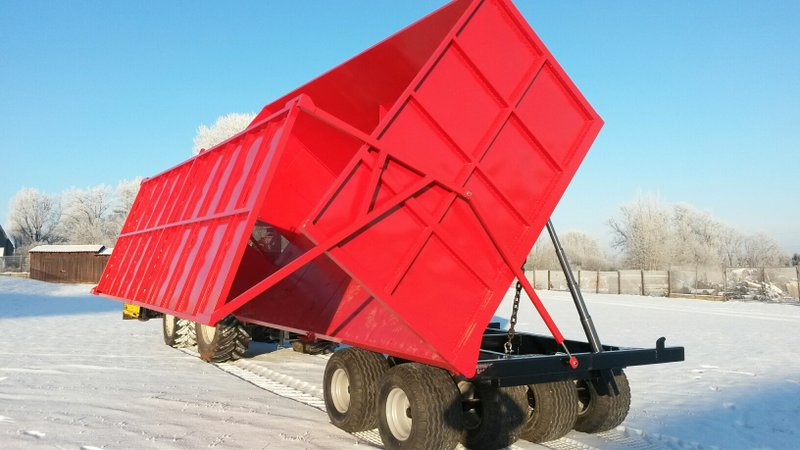 Multifunctional trailer_with crane_3